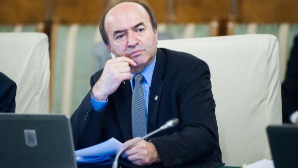 Tudorel Toader anunță că va publica procedura și graficul de numire a celui care ocupă postul de procuror general